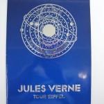 表紙はジュール・ヴェルヌの小説を思わせます
